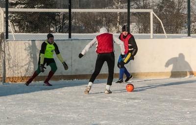 Футбол на снегу 16
