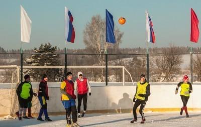 Футбол на снегу 4
