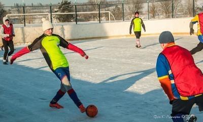 Футбол на снегу 5
