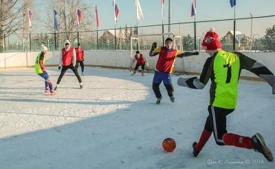 Футбол на снегу 6