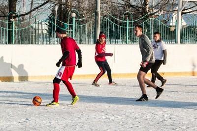 Футбол на снегу 9