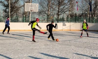 Футбол на снегу 18