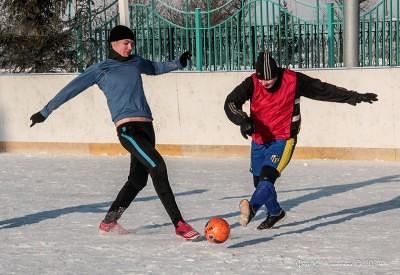 Футбол на снегу 32