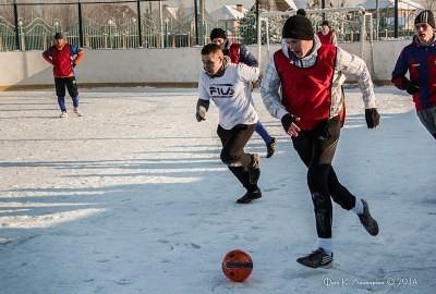 Футбол на снегу 33