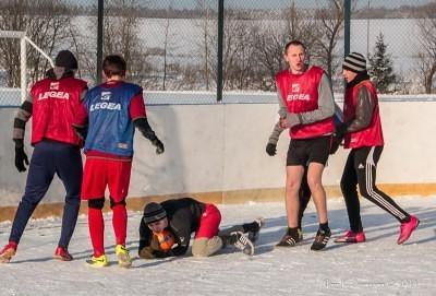 Футбол на снегу 44
