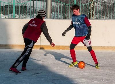 Футбол на снегу 45