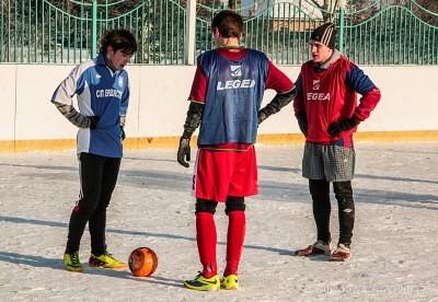Футбол на снегу 47