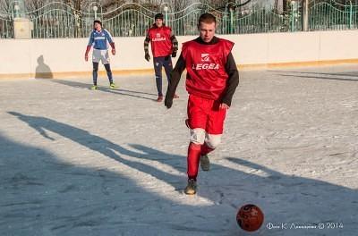 Футбол на снегу 51