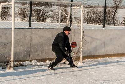 Футбол на снегу 58