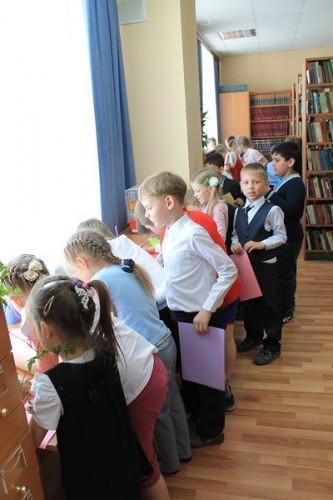 В  библиотеку, в гости к книжкам 4