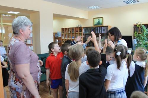 В  библиотеку, в гости к книжкам 6