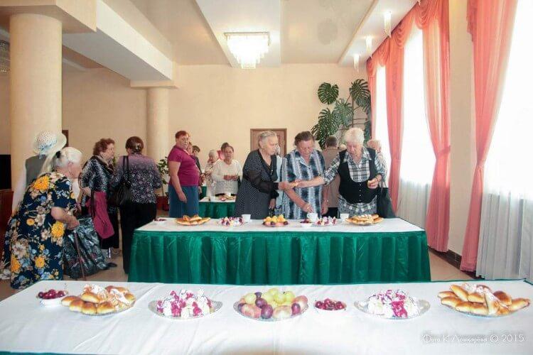 """Вручение медалей """"Непокоренные"""" жителям СП Ершовское 19"""