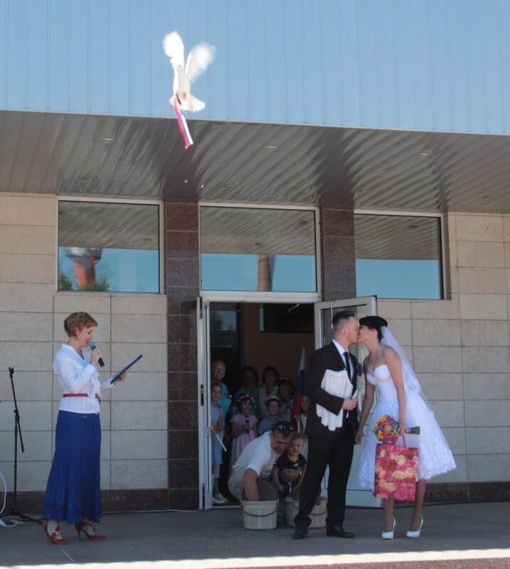 22 августа - День Государственного флага России 13