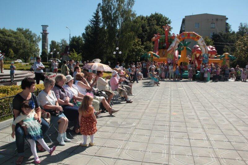 22 августа - День Государственного флага России 21