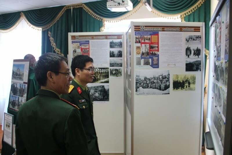 Гости из Вьетнама в сельском поселении  Ершовское 7