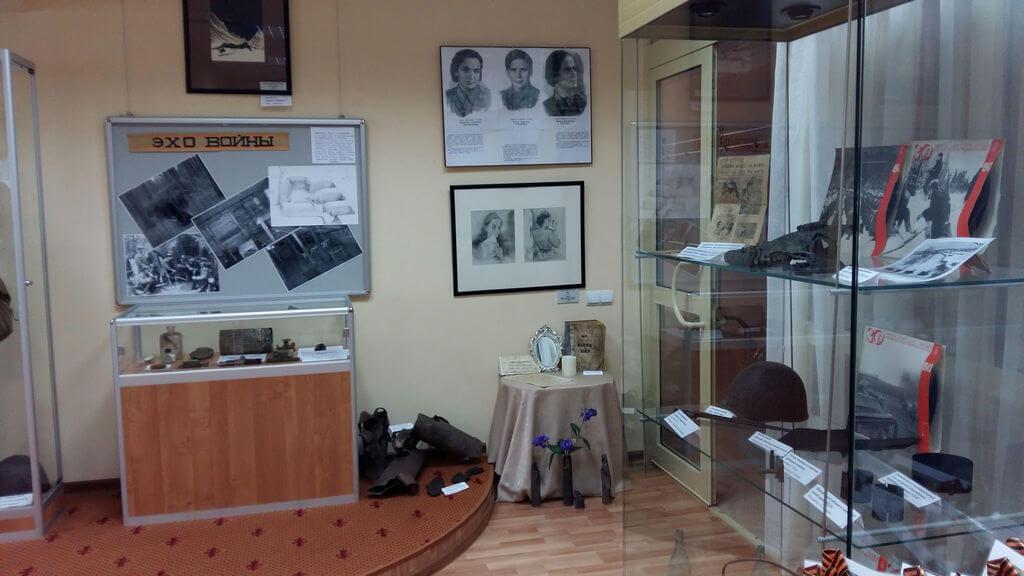 Открытие выставки в КДЦ села Ершово к 71-й годовщине Великой Победы