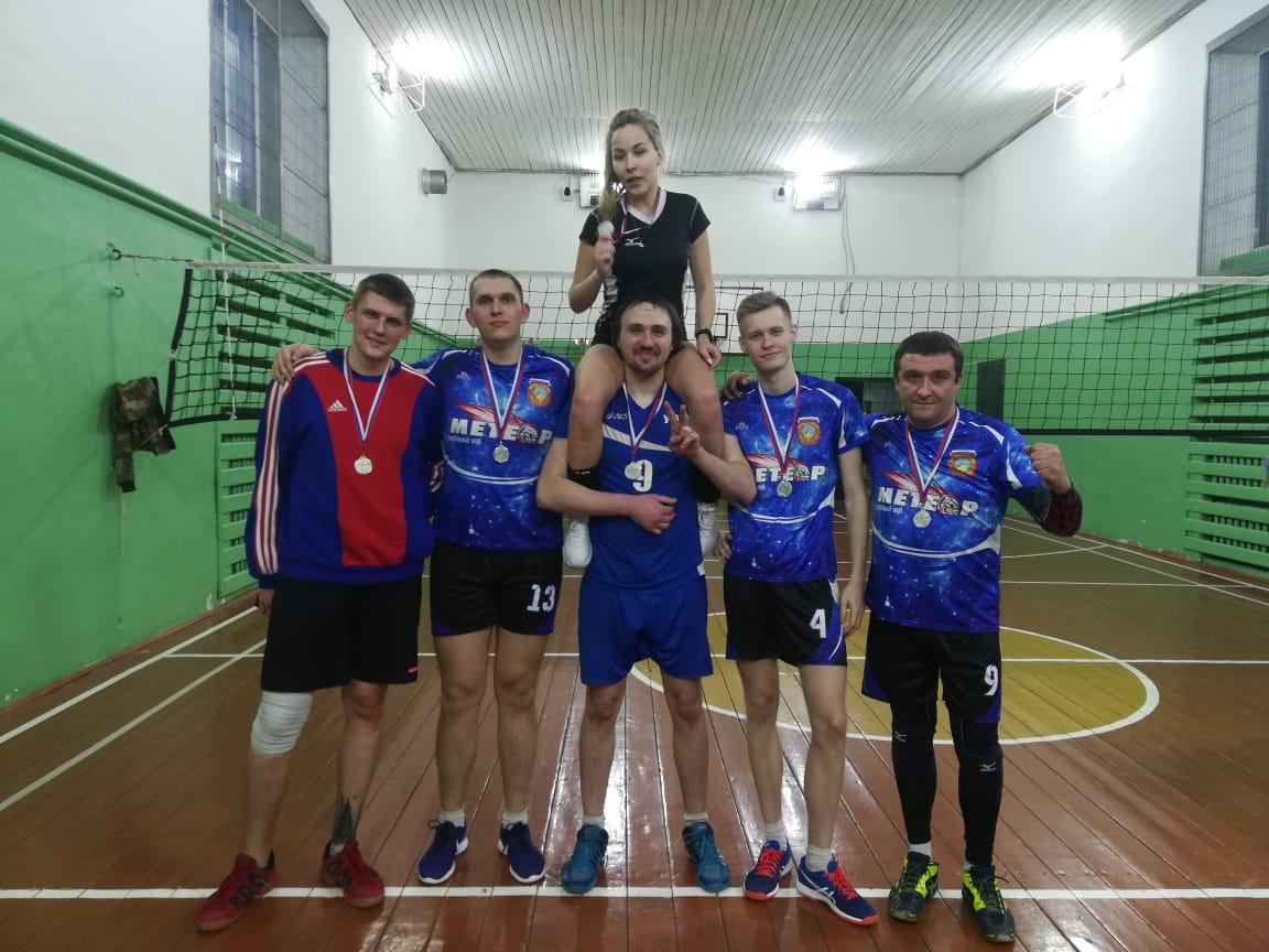 Ершовские волейболисты приняли участие в Крещенском турнире