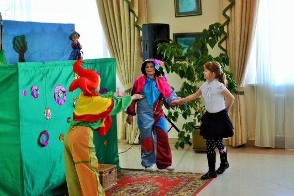 Театрально-кукольные коллективы