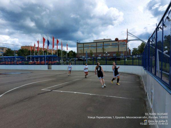 На празднике спорта в Ершово