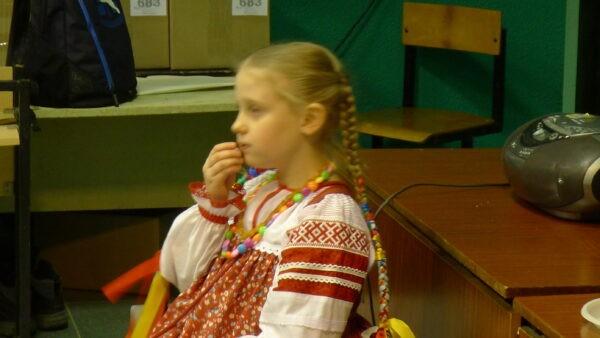 """Коллективы """"Живы традиции Руси"""" и """"Веретенце"""""""